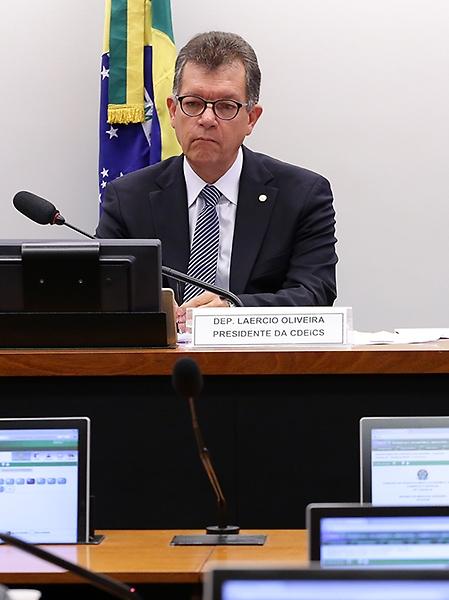 Reunião Ordinária. Presidente da CEDEICS, dep. Laércio Oliveira (SD-SE)