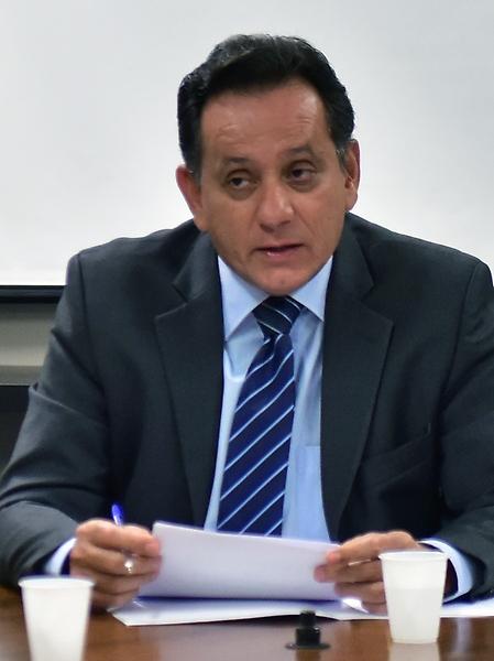 Reunião interna dos membros da comissão com setores interessados sobre o parecer do relator. Dep. Nilson Leitão (PSDB - MT)