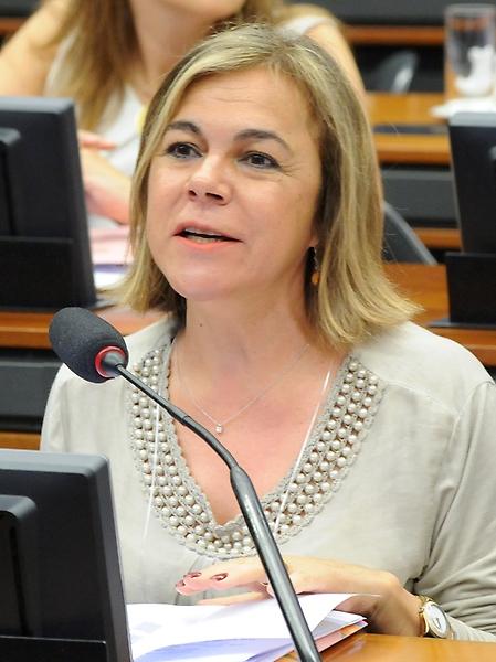 Reunião Extraordinária. Representante de Portugal, Elza Maria Henrique Deus Pais