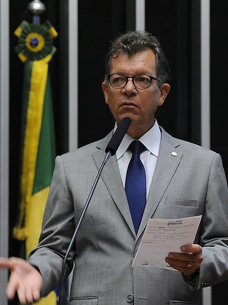 Sessão extraordinária para discussão e votação de projetos. Dep. Laercio Oliveira (SD-SE)