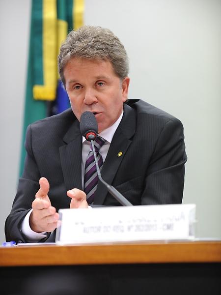 Dep. Luiz Fernando Faria