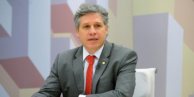 O Expressão Nacional debate sobre o abuso de autoridade. Convidado deputado Paulo Teixeira (PT-SP)
