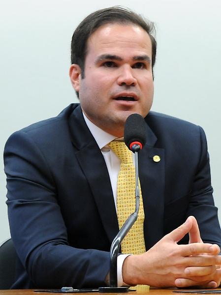 Eleição para presidente e vice-presidente da comissão. Dep. Cacá Leão (PP - BA)