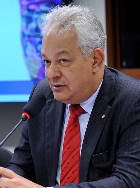 Audiência pública para debater o Projeto de Lei 6.779/2016, que institui o programa de apadrinhamento dos espaços públicos. Dep. delegado Edson Moreira (PR-MG)