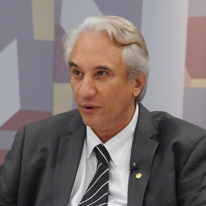 O Expressão Nacional  discute sobre a gestão por organizações sociais. Dep Saraiva Felipe (PMDB-MG)