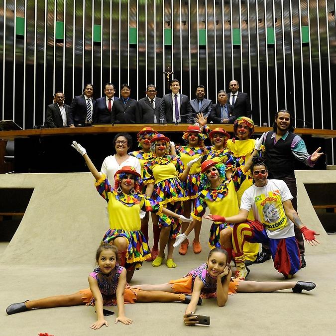 Sessão Solene- Homenagem ao Dia do Circo