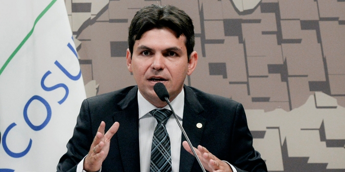 Deputado Victor Mendes