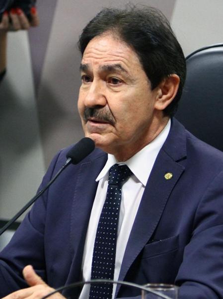 """Reunião sobre MP 827/18, que """"Altera a lei Nº 11.350/06, quanto a Direitos Dos Agentes Comunitários de Saúde e dos Agentes de Combate às Endemias. Dep. Raimundo Gomes de Matos (PSDB - CE)"""