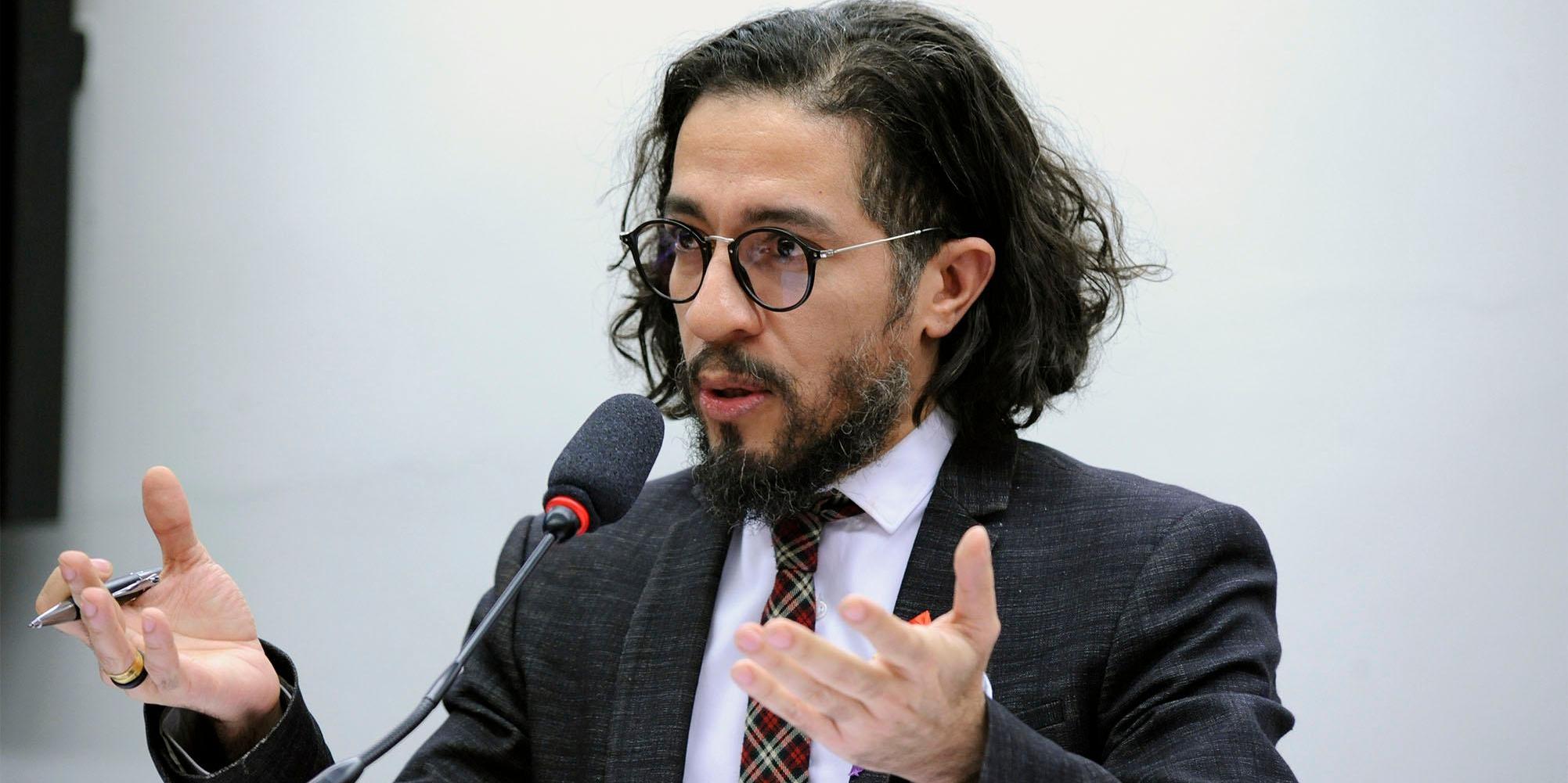 Audiência pública sobre a decisão judicial recente que determinou a esterilização compulsória de uma mulher residente em Mococa – SP. Dep. Jean Wyllys (PSOL - RJ)