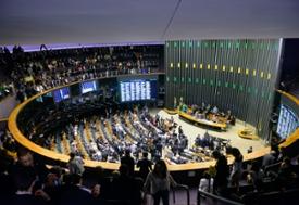 Cláusula de barreira atingiu sete candidatos do PSL; partido seria o maior da Câmara