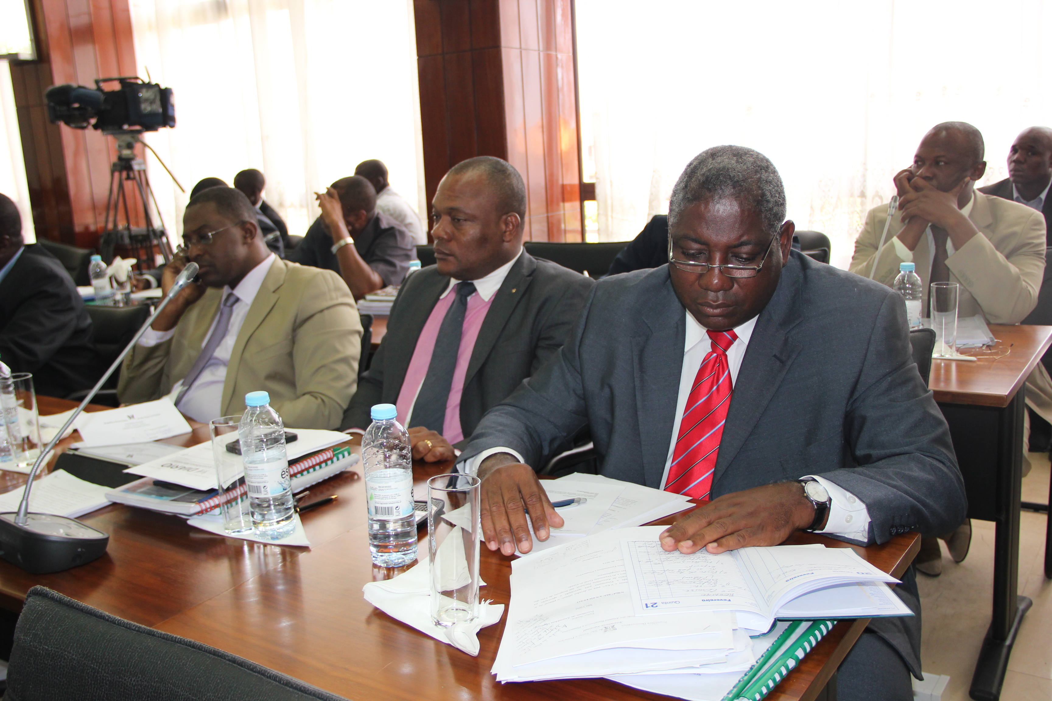 Extractos de intervenções que marcaram aprovação do OGE